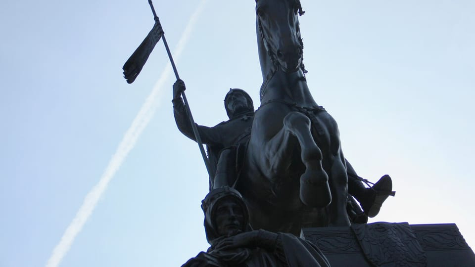 Un étalon de l'armée âgé de sept ans et nommé Ardo a servi de modèle pour la statue du cheval,  photo: Barbora Němcová