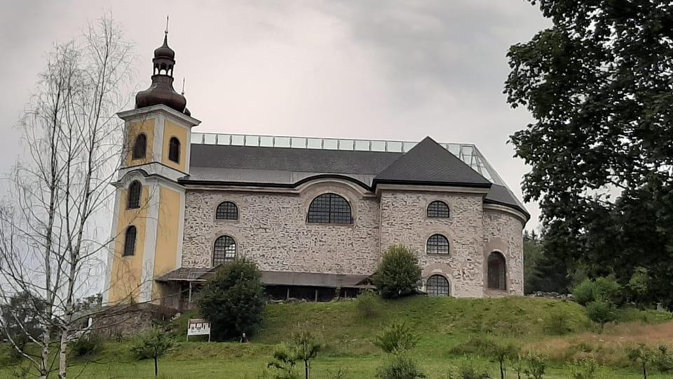 L'église en pierre de l'Assomption de la Vierge Marie,  photo: Lenka Žižková