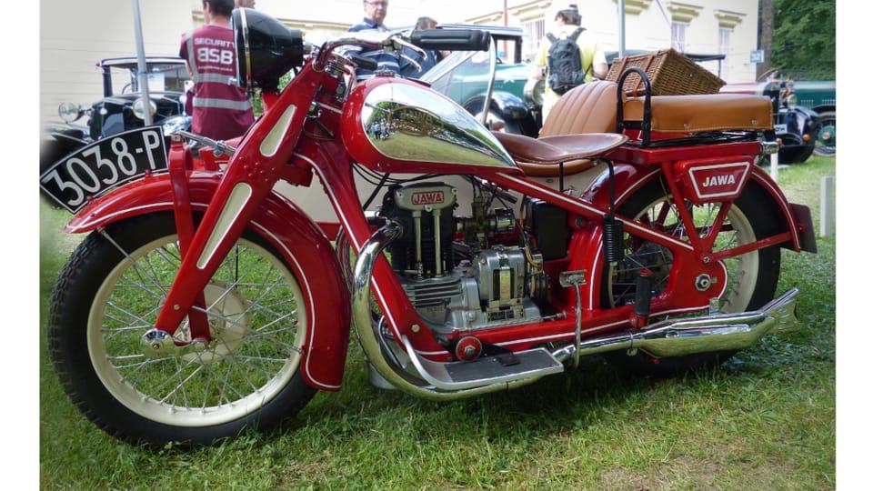 La moto Jawa 350 SV – Modèle d'avant-guerre de la célèbre marque,  construit à partir de 1934,  photo: Radio Prague International