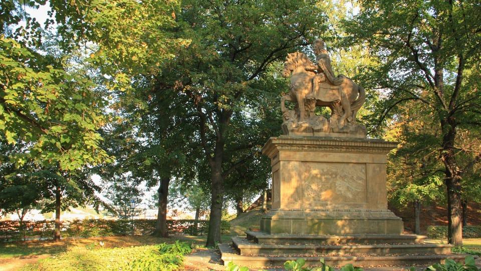 Cette statue équestre du prince Venceslas,  réalisée entre 1678 et 1680,  se trouve dans les jardins  Štulc dans le quartier de Vyšehrad,  photo: Barbora Němcová