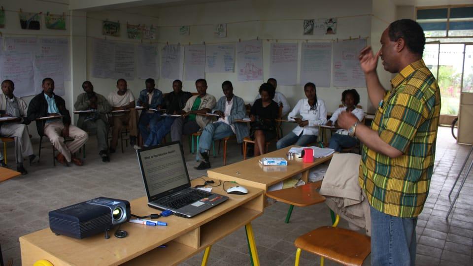 Le cours pour les enseignants au Centre pour l'enseignement des méthodes modernes