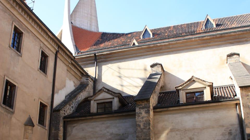 Le cloître d'Emauzy,  photo: Archives de Radio Prague Int.