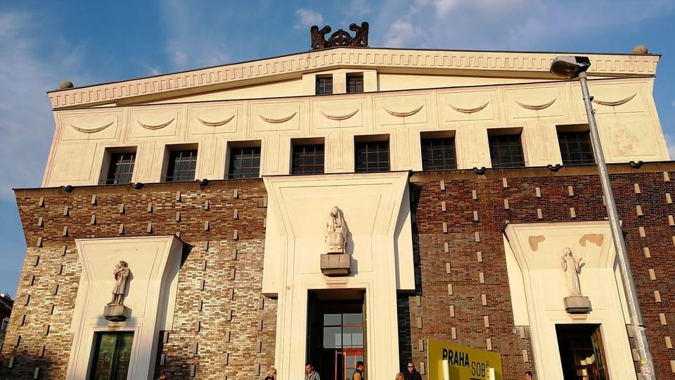 L'église du Sacré-Cœur-de-Jésus à la place Jiřího z Poděbrad,  photo: Štěpánka Budková