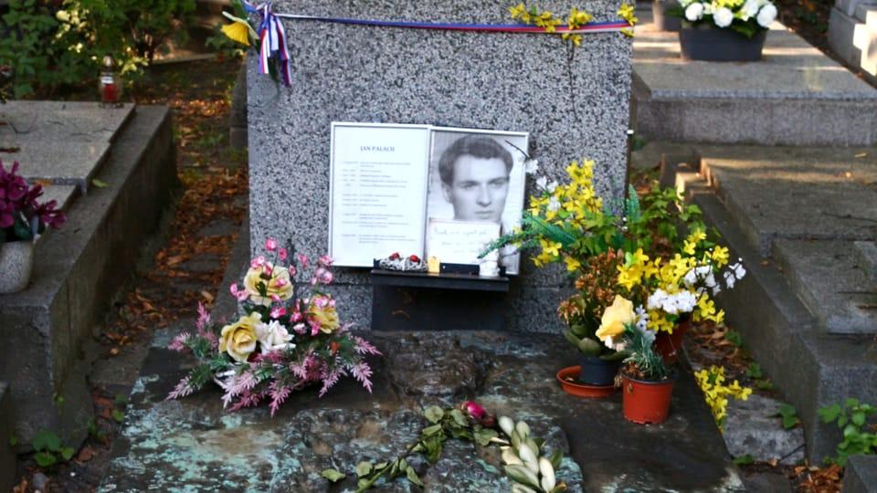 La tombe de Jan Palach | Photo: VitVit,  Wikimedia Commons,  CC BY-SA 4.0
