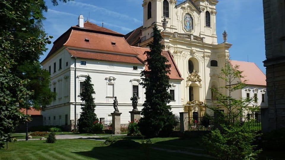 L'abbaye de Rajhrad,  photo: Fojsinek,  CC BY 3.0 Unported