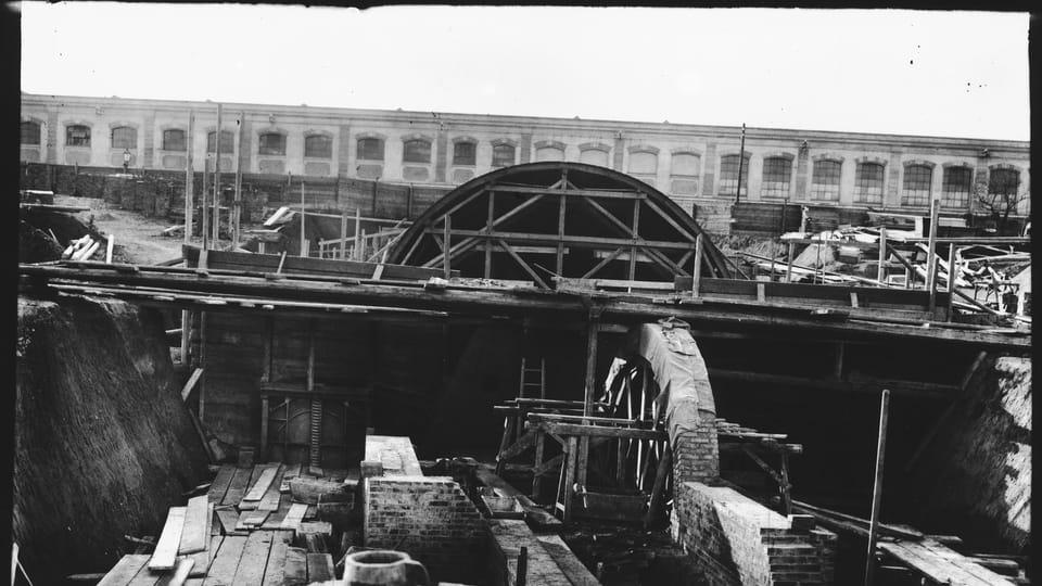 Photo: Archives de PVK