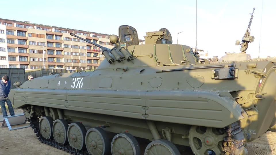 Les véhicules blindés de fabrication soviétique servent encore dans l'armée tchèque,  photo: Klára Stejskalová