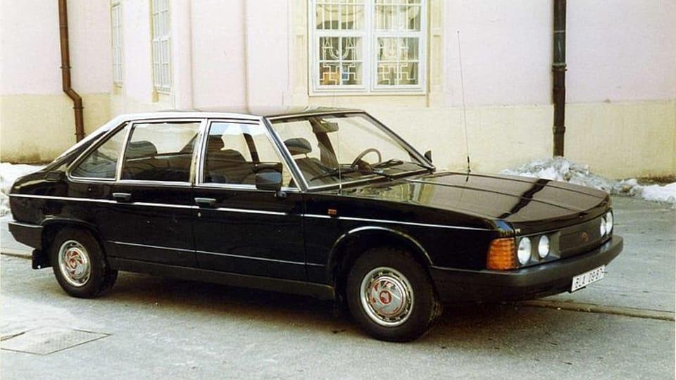 Tatra 613,  photo: Felix O,  CC BY 2.0 Generic