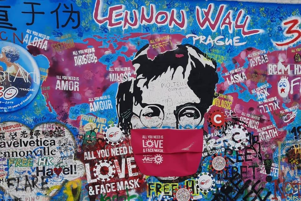 La mur Lennon,  photo: Thibaut Maillet