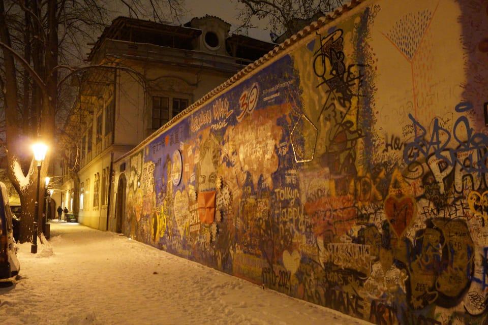 Le mur Lennon,  photo: Miloš Turek