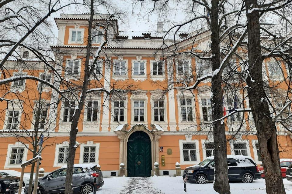 L'ambassade de France,  photo: Thibaut Maillet
