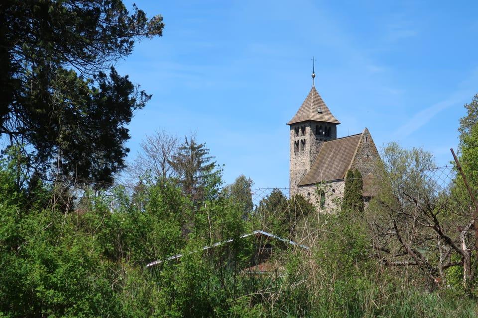 L'église Saint-Pierre à Poříčí nad Sázavou   Photo: Štěpánka Budková,  Radio Prague Int.